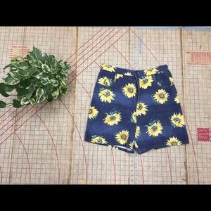 Retro/Vintage sunflower denim shorts size 14